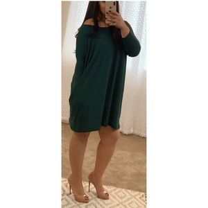 Dresses & Skirts - Emerald Green Loose dress with pockets and sleeves